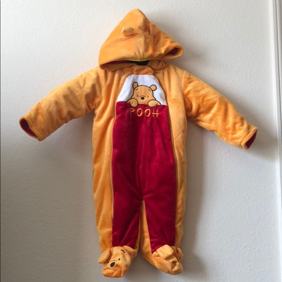 Winnie The Pooh jumpsuit 6/9month Cuddle up Disney